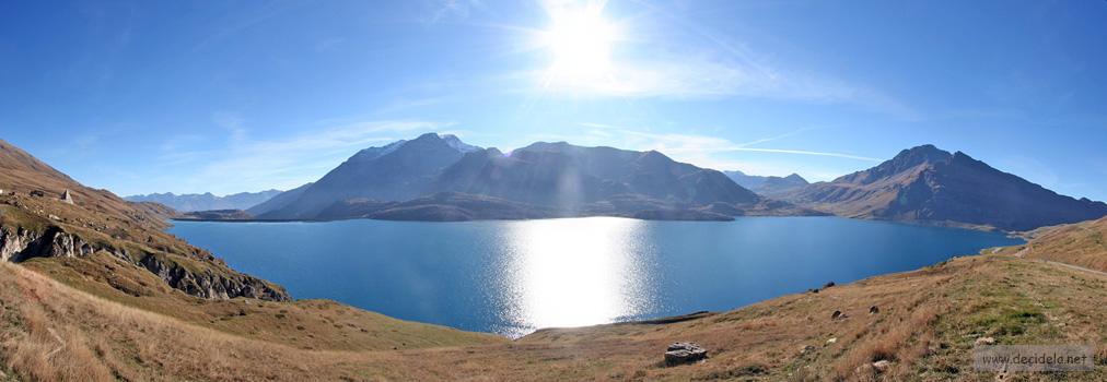 panorama sur le lac du mont cenis
